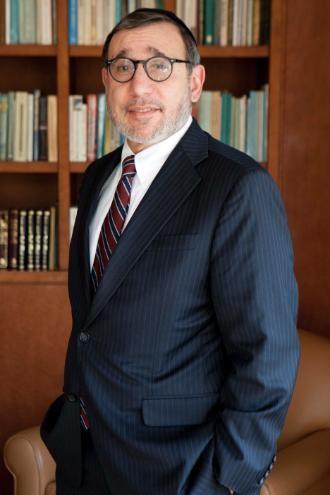 Rabbi Moshe Sokol