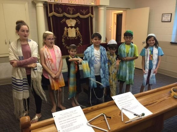 """<span class=""""slider_title"""">                                     One Room Shul House                                </span>"""