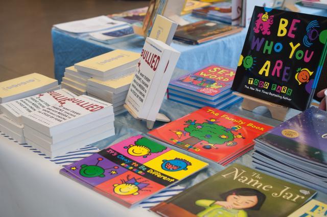 book_fair-28.jpg
