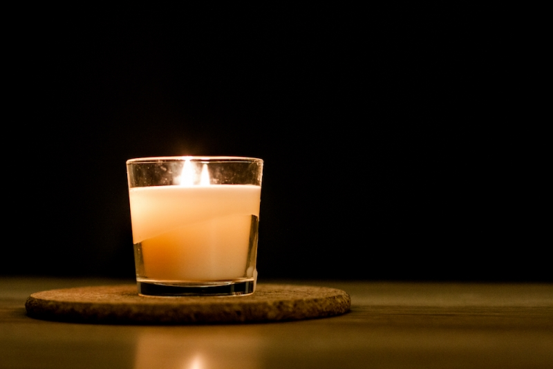 Mourner's candle
