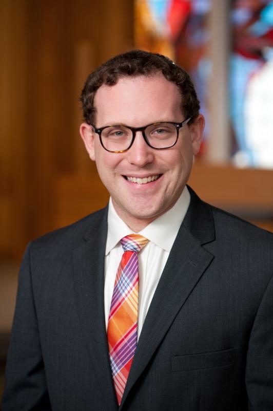 Headshot of Rabbi Ben Goldberg
