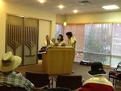 Daily minyan at Purin