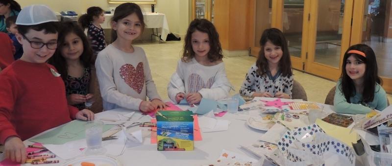 Kids at B'nai Tzedek Synagogue in Potomac Maryland
