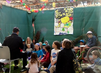 David and the Kids in Sukkah