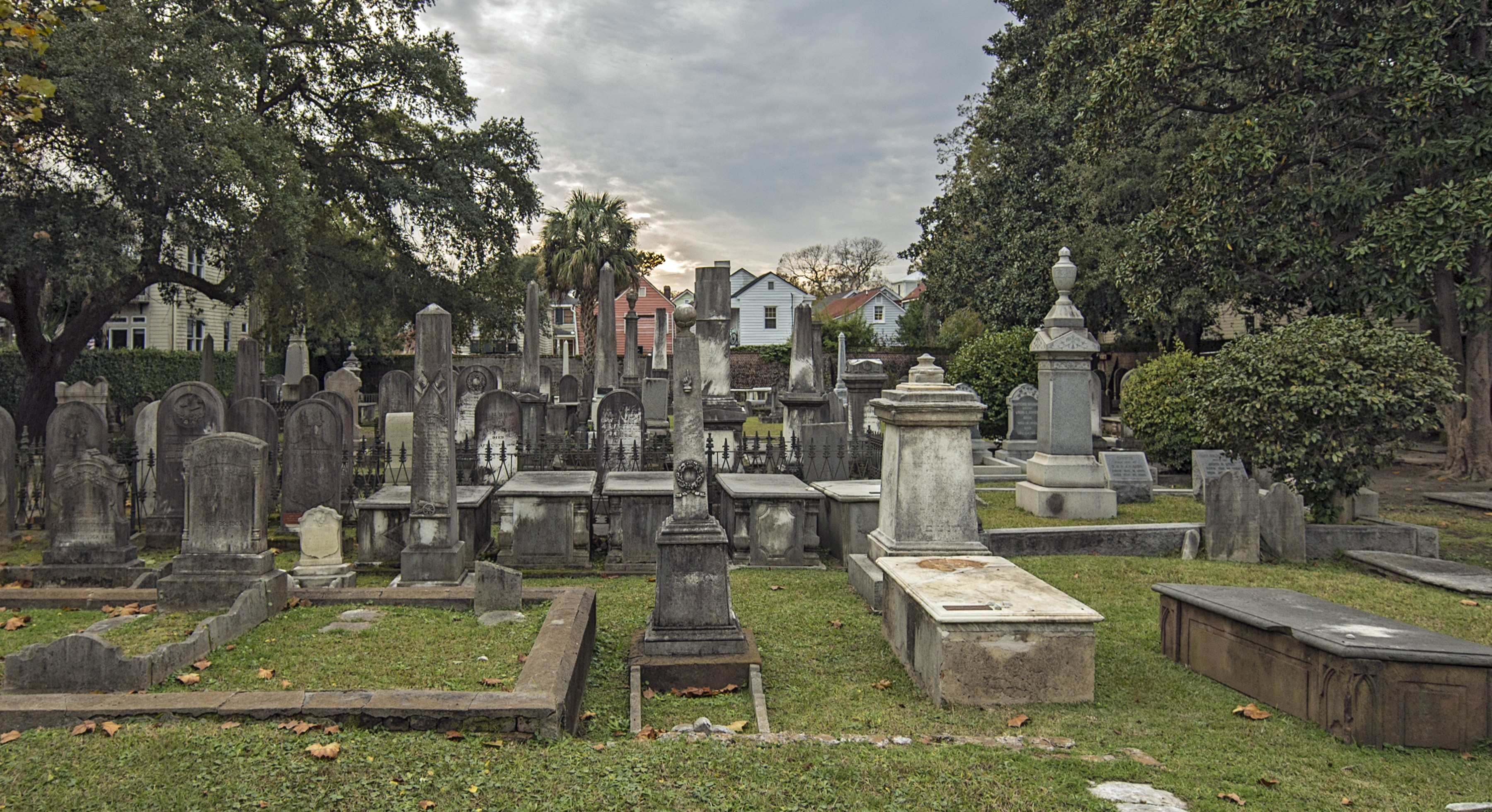 "<a href=""https://www.kkbe.org/cemeteries"""">