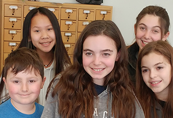 "<a href=""/""