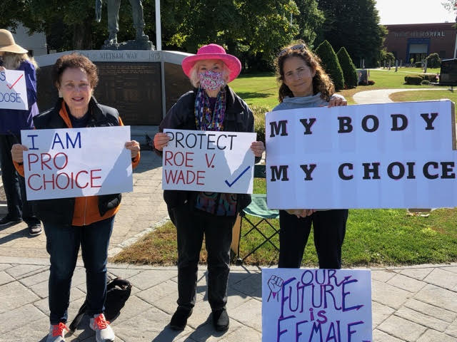 """<span class=""""slider_title"""">                                     UJC at the March for Reproductive Rights in Danbury                                </span>"""