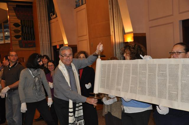 """<span class=""""slider_title"""">                                     Unraveling the Torah with Rabbi Shpeen                                </span>"""