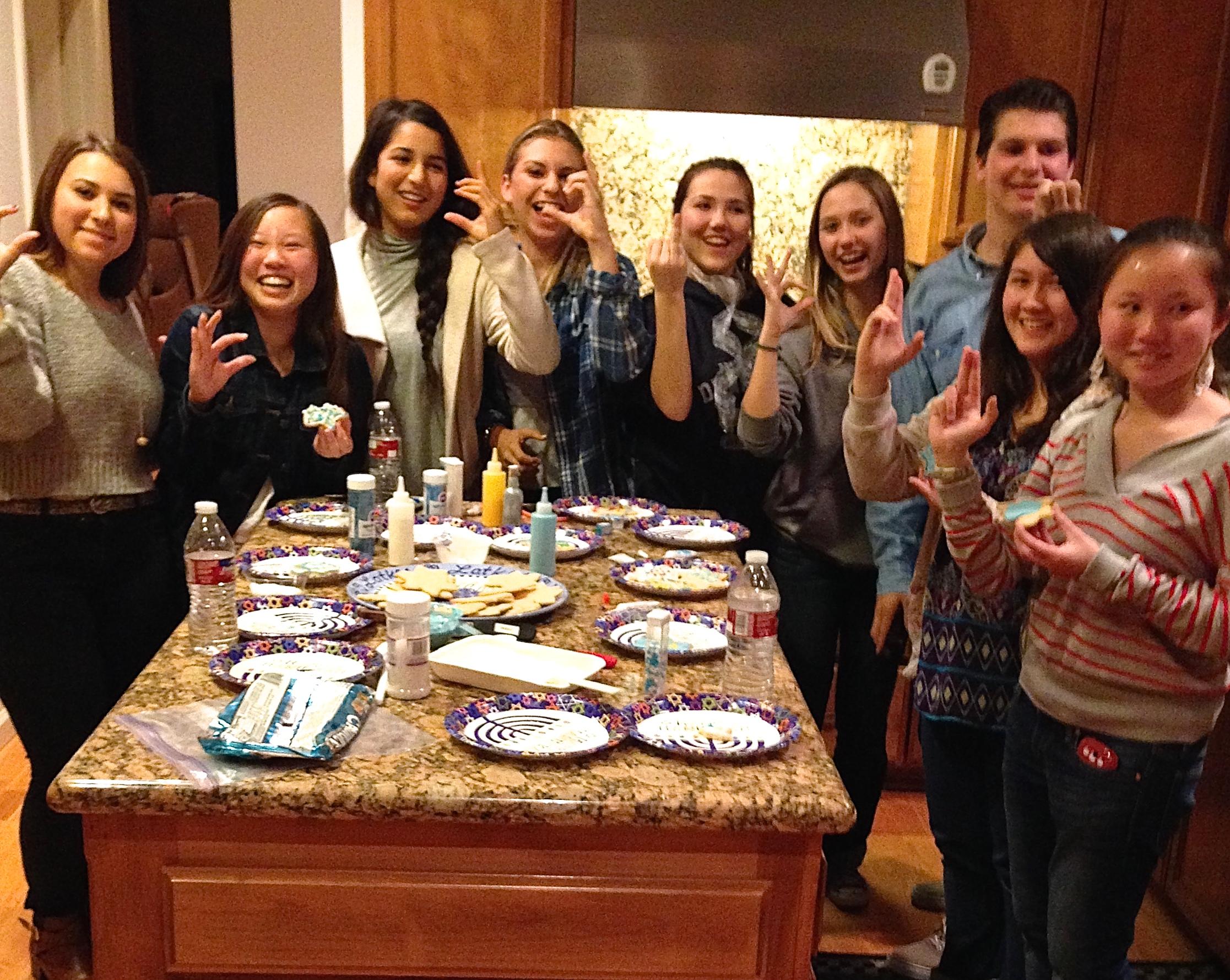 "<span class=""slider_description"">Youth group Hanukah party</span>"