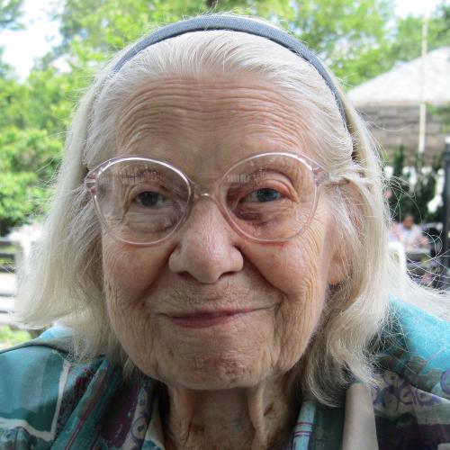 Dorothy Kestenbaum Headshot